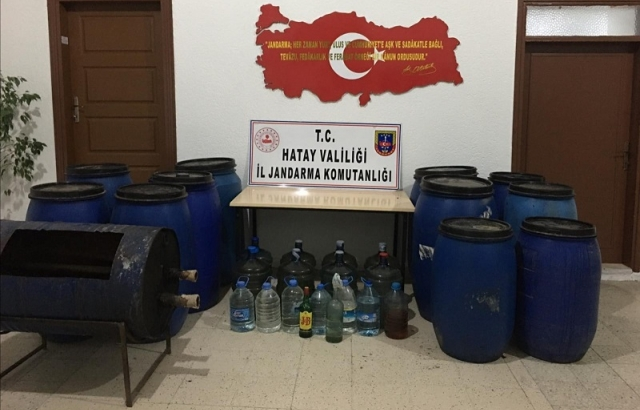 200 LİTRE KAÇAK ALKOL BULUNDU