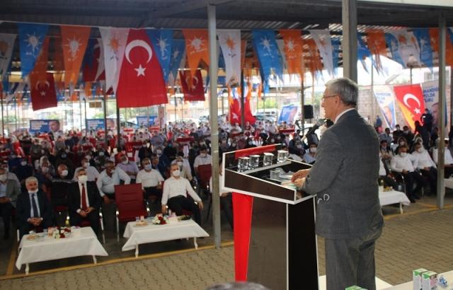 AK Parti İlçe kongreleri devam ediyor.