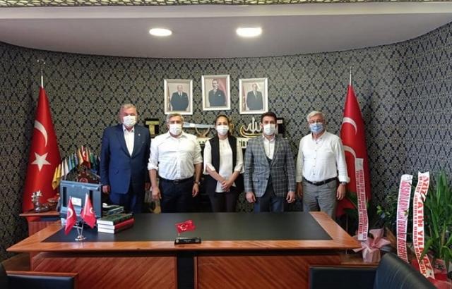 AK Partilerden Murat Adal'a hayırlı olsun ziyareti