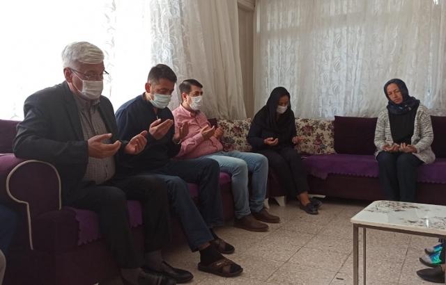AK Partilerden Yıldırım ailesine taziye ziyareti