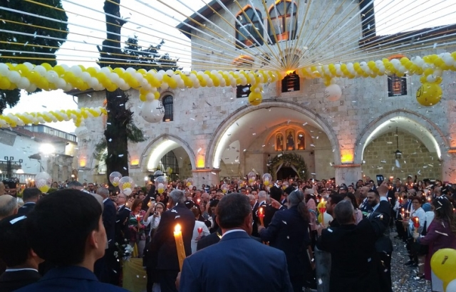 Antakya'da Paskalya Bayramı Ayinle Kutlandı