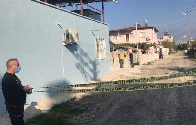 Arsuz'da 5 ev ile pazar yeri karantinaya alındı