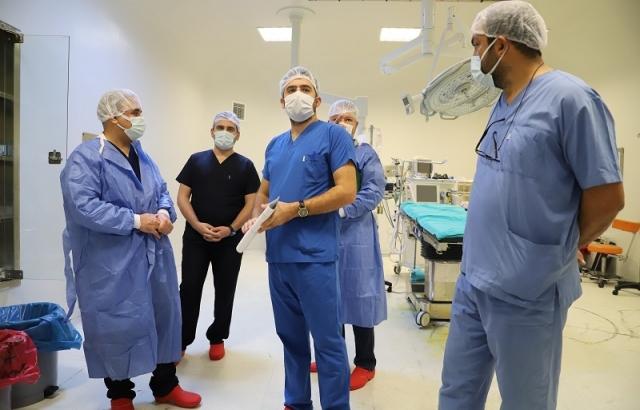 Başhekim Bayrakçıoğlu, Ameliyathaneleri ziyaret etti