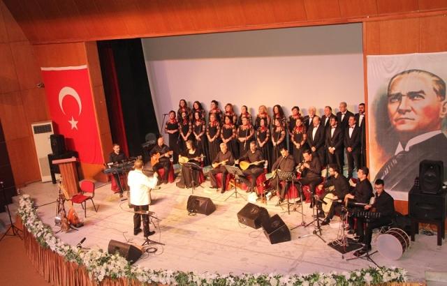 HBDF'den Türk Halk Müziği konseri