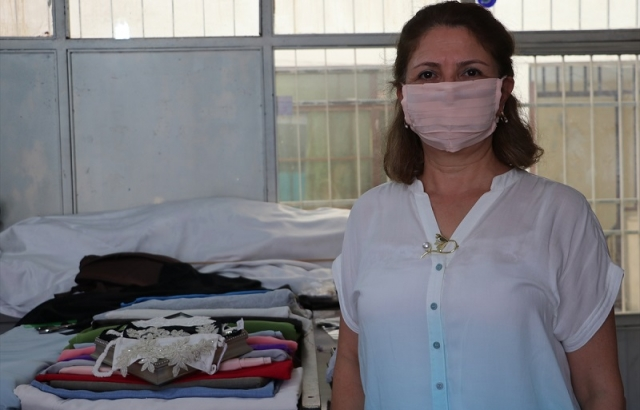 Kadın girişimciler Hatay ipeğinden maske üretti