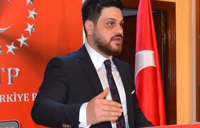 Karabağ Zaferi Atatürk'e armağan edilmelidir