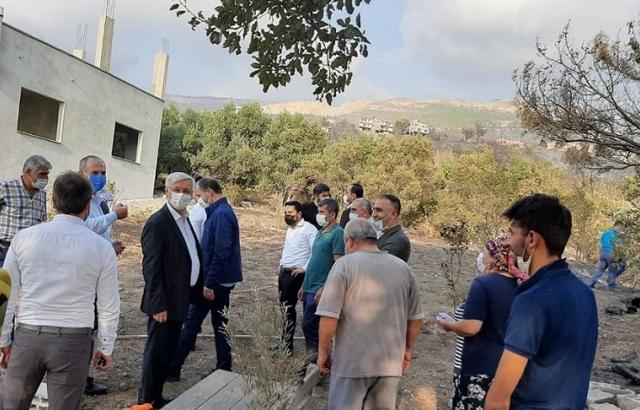 Mehmet Yeloğlu, yangın bölgesini yakından inceledi.