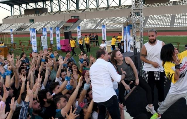 Öğrenciler müzik, spor ve eğlenceye doydu