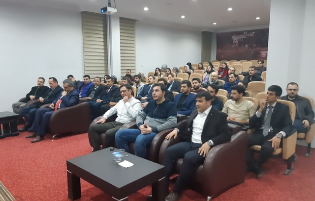 TÜGVA'dan İzzet Begoviç Konferansı