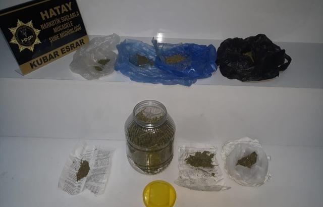 Uyuşturucu operasyonlarında 3 kişi gözaltına alındı