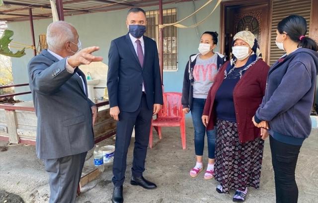 Fırtınada prefabrik evinin çatısı zarar gören aileye yardım
