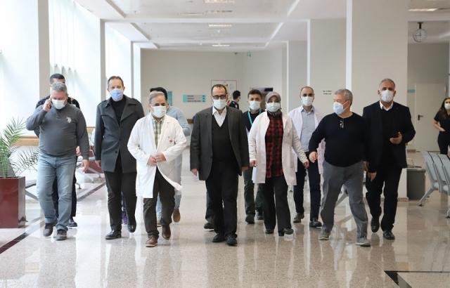 Hambolat'tan Hatay Devlet Hastanesi'ne ziyaret