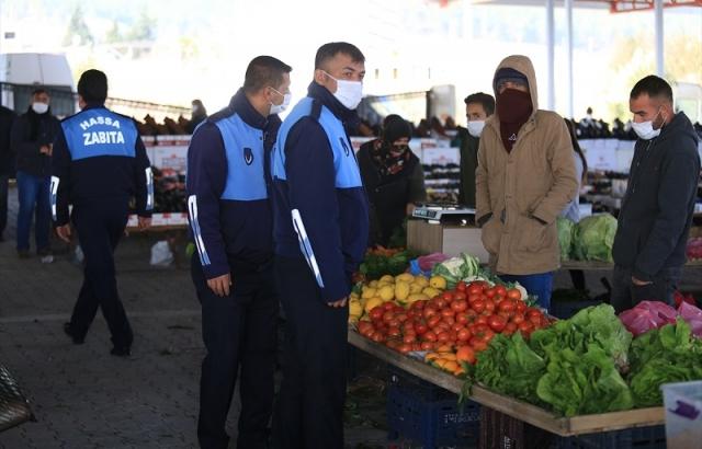 Hassa'da kapanan pazar yerleri yeniden açıldı