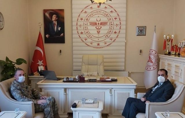 Komutan Kılınç'tan, Müdür Hambolat'a ziyaret