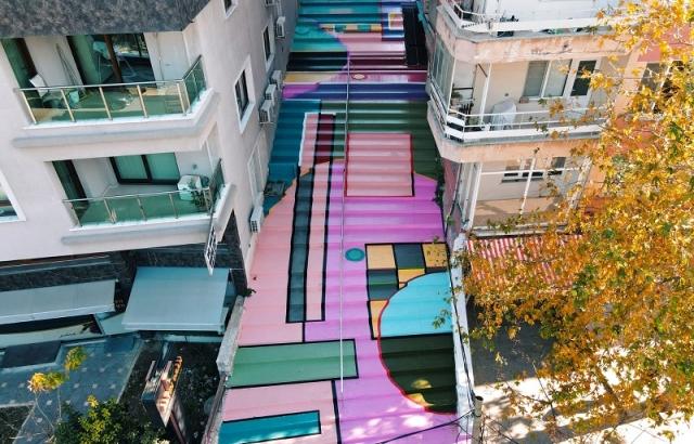 """Merdivenli sokak yapımı """"renklendirilerek"""" tamamlandı"""