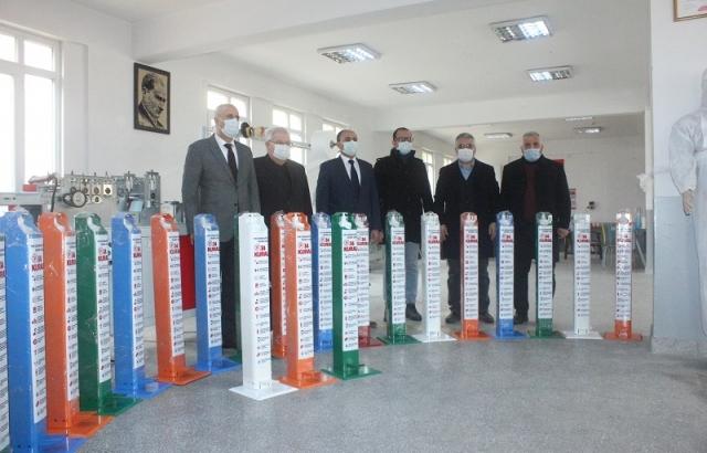 Okullara pedallı dezenfektan ünitesi