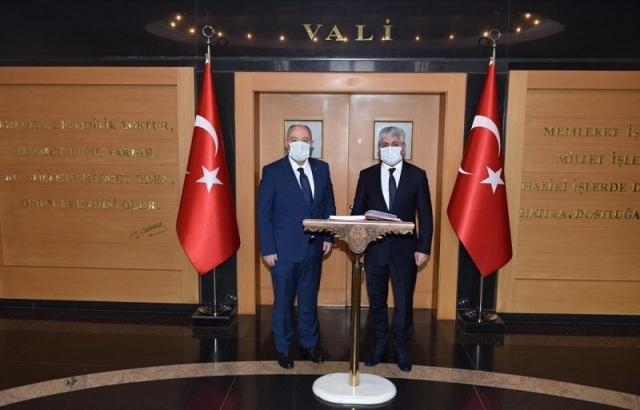 Vali Rahmi Doğan'dan Kahramanmaraş Valisine ziyaret
