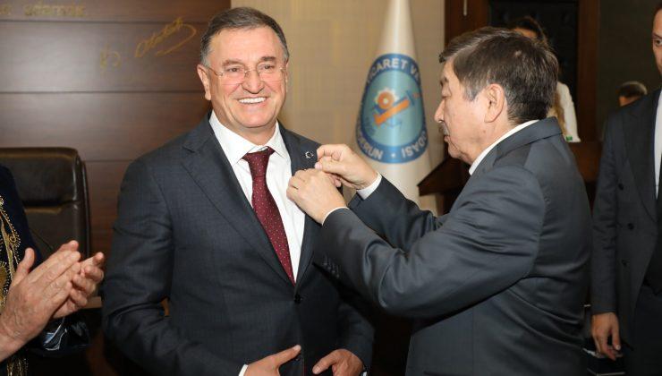 Başkan Savaş Abay Madalyası ile onurlandırıldı