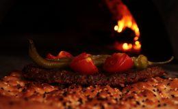 """""""Kağıt kebabı"""" iftar sofralarını lezzetlendiriyor"""