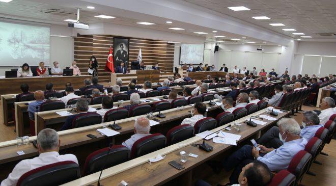 Atatürk'e yapılan çirkin saldırıya kınama geldi