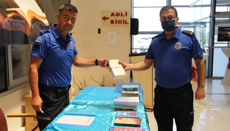 Cezaevleri için kitap bağış kampanyası