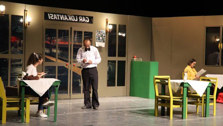 HBB Şehir Tiyatrosu perdelerini açtı