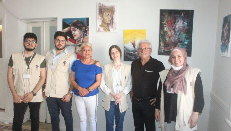 Suriyeli 4 genç Antakya'da sergi açtı.