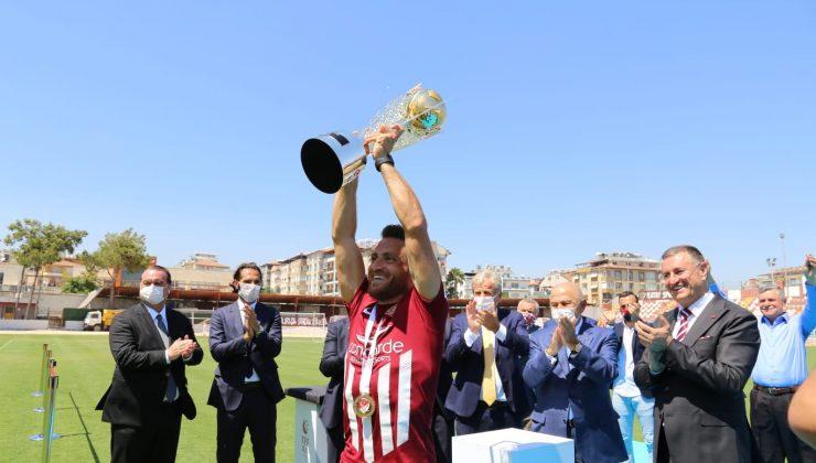 Şampiyonluğun mimarları Hatayspor'dan ayrıldı