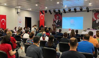 Bayrakçıoğlu'ndan geniş katılımlı toplantı