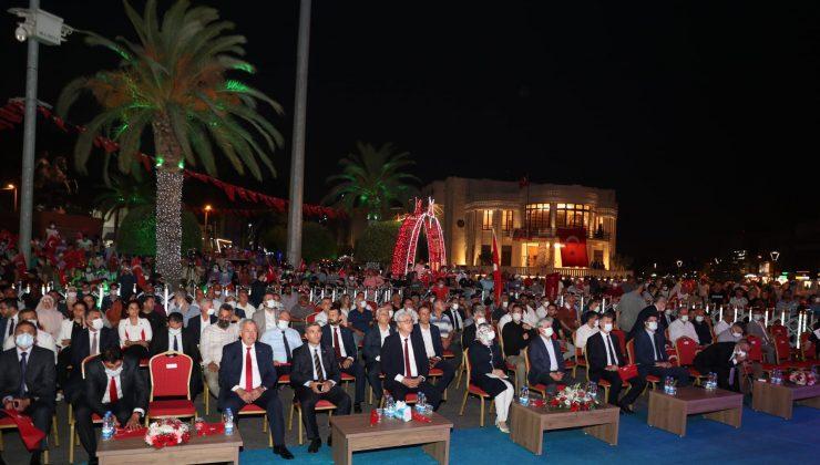 Hataylılar 'Demokrasi Şehitleri'ni unutmadı