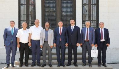 Kıbrıslı Belediye Başkanları Hatay'da