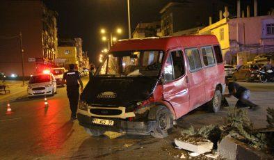 Defne'de korkutan kaza: 7 yaralı