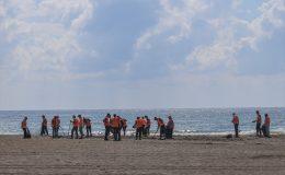 Sahilde çalışmalar sürüyor
