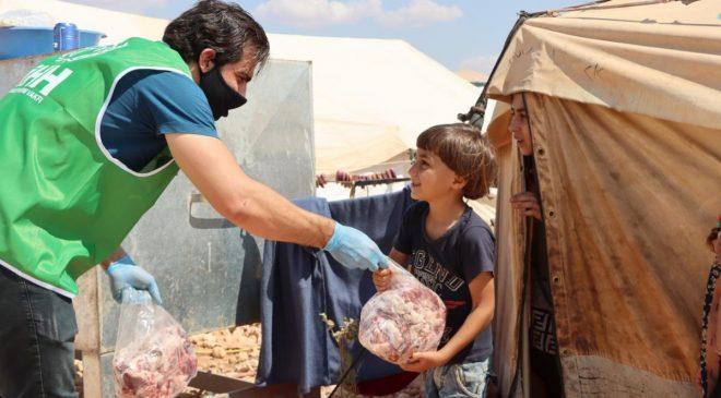 İHH'dan Suriye'deki ihtiyaç sahibi ailelere yardım