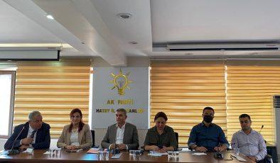 AK Parti'nin İl yönetim kurulu toplantısı yapıldı