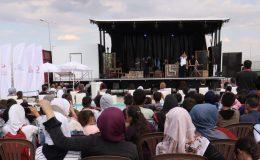 """Suriyelilere """"Mobil Tiyatro"""" Etkinliği Düzenlendi"""